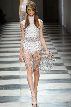 Prada Spring 2010 Ready-to-Wear - Collection - Gallery - Style.com