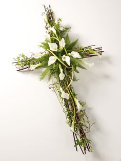 images of crosses made of flowers - Bing Images Grave Flowers, Cemetery Flowers, Church Flowers, Funeral Flowers, Funeral Floral Arrangements, Easter Flower Arrangements, Easter Flowers, Easter Tree, Cemetary Decorations