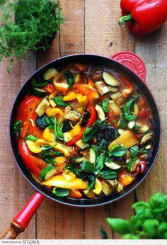 Gulasz warzywny a'la Ratatui   gotuj zdrowo! na Stylowi.pl