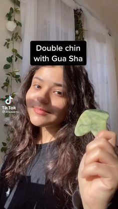 Beauty Tips For Glowing Skin, Beauty Skin, Skin Care Routine Steps, Skin Care Tips, Facial Tips, Homemade Beauty Tips, Healthy Skin Tips, Face Massage, Gua Sha Massage