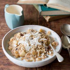 Apple crumble porridge
