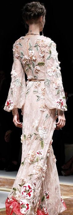 Valentino ~ Couture Spring Maxi w Floral Applique, Soft Pink 2012