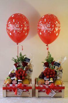 Diy Valentine Gifts For Boyfriend, Valentine Box, Valentine Crafts, Balloon Surprise, Balloon Gift, Candy Crafts, Diy Crafts For Gifts, Creative Box, Creative Gifts