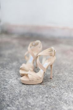 Nude platform wedding shoes | http://burnettsboards.com/2014/01/modernly-vintage/