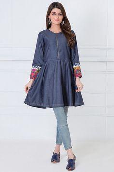 Denim Kurti Designs, Kurta Designs Women, Kurti Neck Designs, Pakistani Fashion Casual, Pakistani Outfits, Pakistani Clothing, Casual Frocks, Casual Dresses, Denim Dresses