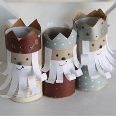Rois mages en carton pour l'Epiphanie // Cardboard Three Kings for the Epiphanu
