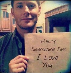 Find images and videos about supernatural, Jensen Ackles and dean winchester on We Heart It - the app to get lost in what you love. Sam Dean, Jeffrey Dean Morgan, Dean Castiel, Crowley, Sam Winchester, Familia Winchester, Winchester Brothers, Jared Padalecki, Jensen Ackles