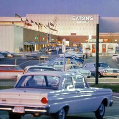 Slideshow: seven vintage photos of Yorkdale when it first opened half a century ago Cities, Canadian Things, Toronto Ontario Canada, North York, Canadian History, Toronto Life, The Good Old Days, Vintage Photos, History Pics