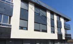 Ladrillo caravista Klinker M9. Edificio residencial el Haro (La Rioja)