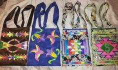 Crossover bags Native American Regalia, Native American Beadwork, Beaded Purses, Beaded Bags, Ribbon Skirts, Crossover Bags, Bead Sewing, Native Design, Fabric Handbags