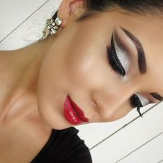 Dramatic Silver Glitter Eye Makeup - Red Lips