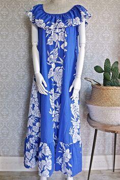 Vintage 1980s Hibiscus + Hawaiian Maxi Dress