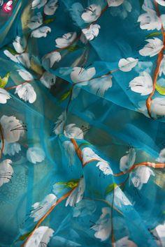 Shop Sky Blue Oraganza Handpainted Floral Stole - Stoles Online in India Floral Print Sarees, Saree Floral, Floral Prints, Saree Painting Designs, Fabric Paint Designs, Hand Painted Sarees, Saree Trends, Bridal Blouse Designs, Soft Silk Sarees