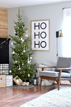 A Modern Christmas Home Tour - - We love modern decor and Christmas is no exception. Here's our modern Christmas home tour. I hope you're inspired to go minimal and modern! Modern Christmas Decor, Decoration Christmas, Christmas Living Rooms, Noel Christmas, Xmas Decorations, Simple Christmas, Modern Decor, Christmas Ornaments, Homemade Christmas