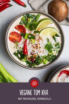 Vegane Tom Kha mit Reisnudel Vermicelli: Guten Reishunger! Sushi, Veggie Recipes, Healthy Recipes, Toms, Lunch, Ethnic Recipes, Asian Cuisine, Asian Recipes, Rice Noodles