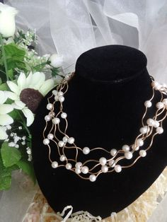 UK £3 Illusion Style Golden Metal &White Pearl Bead Necklace in Jewellery & Watches, Costume Jewellery, Necklaces & Pendants | eBay