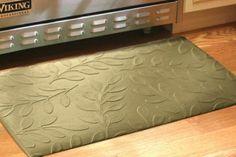 Brittany Leaf Floor Mat