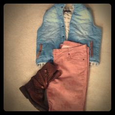Floral KUT jeans Super cute jeans that can be worn year round. They're pink with a floral pattern. KUT Jeans Skinny