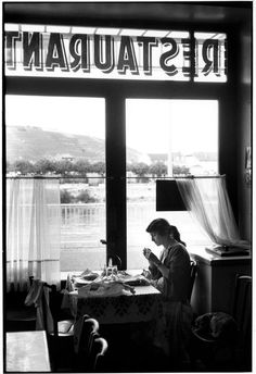Henri Cartier-Bresson - FRANCE. Ardèche. Tournon-sur-Rhône. 1959