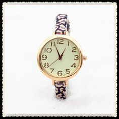 Dial+Surface+material:+Glass  Color:+Red,Purple,Blue,Pink+Green,Pink+Purple,Pink+Yellow  Dial+shape:+Round  Item+Type:+Wristwatches  Diameter:+3.6CM  Dial+Thickness:+0.6cm  Strap:+22cm  Weight:+20g  Waterproof:+No  Movement:+Quartz  Occasions:+Universal  Gender:+Female/Male ...