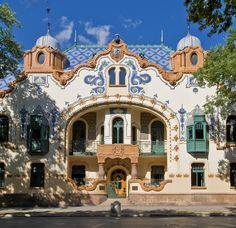 art nouveau house in budapest, hungary Art Nouveau Architecture, Historical Architecture, Beautiful Architecture, Beautiful Buildings, Art And Architecture, Modern Buildings, Albania, Montenegro, Bosnia Y Herzegovina