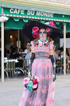 laflaca_front-cafe_736 Catrina Costume, Sugar Skull Costume, Cute Girl Costumes, Diy Costumes, Halloween Looks, Halloween 2019, Day Of The Dead Costume Dress, Drag Queen Costumes, Beautiful Halloween Makeup