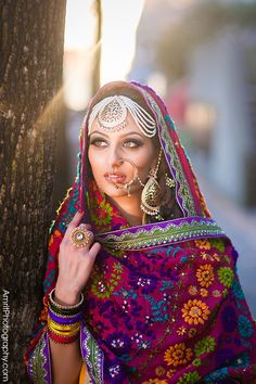#Punjabi #Phulkari outfit w/ oversized Jewelry | Photography by: www.AmritPhotography.com | Wardrobe: Sequins Fashions, Surrey | Model: Kirti Singh |