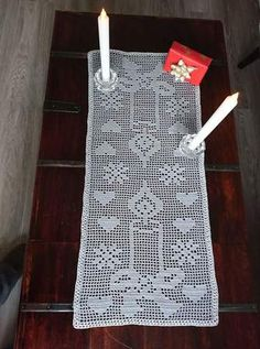 Crochet Tablecloth Pattern, Crochet Doilies, Crochet Patterns, Filet Crochet Charts, Crochet Diagram, Crochet Leaves, Thread Crochet, Vive Le Vent, Crochet Table Runner