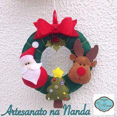 Pequena guirlanda de natal em feltro  Little Christmas wreath with felt