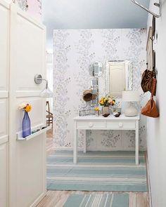 Hall de entrada em espaço pequeno ~ DECORAÇÃO E IDEIAS - design, mobiliário, casa e jardim