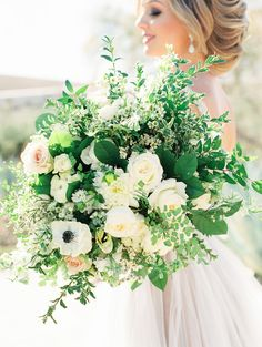 Hacienda del Sol Wedding Inspo with Blues and Greens #HaciendaDelSol #ArizonaWedding #WeddingBouquet