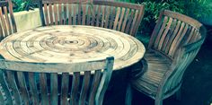 Stunning circular table and bench seats