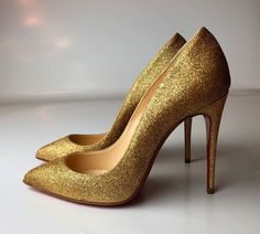 8cac78bd82c9 Christian Louboutin Pigalle Follies 100 Glitter Mini Gold Heels Pumps Euro  35  ChristianLouboutin  PumpsClassics