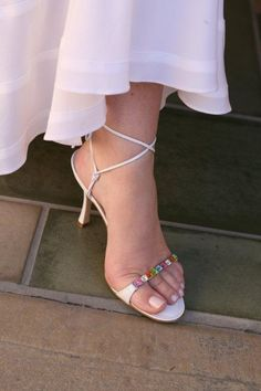 Loved these embellished shoes and french manicured toes.http://www.a-dreamwedding.com/