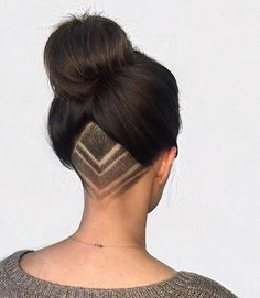 Beautiful undercut with simple shaved design. Long hair worn up in a high bun. Elegant and very lovely. #verylonghair