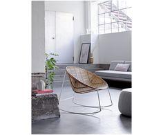 Machen Sie Ihr Wohnzimmer mit dem Schaukelstuhl Orinoco aus Rattan und mit einem Gestell in Weiß zur Wohlfühloase. Entdecken Sie weitere Möbel von BLOOMINGVILLE auf >> WestwingNow.