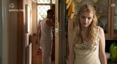 Image of Cassie for fans of Cassie Ainsworth 7734752 Effy Stonem Style, Cassie Skins, Hannah Murray, Tv Show Outfits, Skins Uk, Tv Girls, English Actresses, Teenage Dream, Photo Dump
