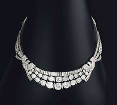Diamond Necklaces : Art Deco; www.jewelsdujour.