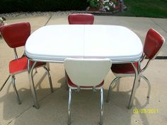 1950 Chrome Tables | 1950's Dinette Set Coca-Cola Colors Retro Metal Chrome Arvin table ...