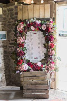 Seating Plan Wedding, Wedding Signage, Wedding Reception Decorations, Wedding Table, Photo Frame Decoration, Country House Wedding Venues, Wedding Weekend, Flower Frame, Flower Decorations