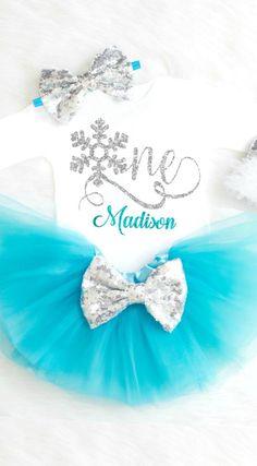Winter Onederland First Birthday Outfit, Frozen Birthday Outfit, Winter Wonderland Birthday Outfit Winter 1st Birthday Outfit