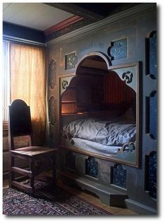 Eidsborg Museum in Telemark, Norway. Eidsborg is over to the west of Kviteseid, near Dalen at the end of the canal. This built-in bed is lovely to look at, but perhaps not so comfortable to sleep in! We probably grow taller now than our ancestors did! Alcove Bed, Bed Nook, Cozy Nook, Cosy, Built In Bed, Interior And Exterior, Interior Design, Box Bed, Attic Rooms
