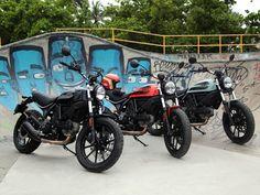 2016 Ducati Scrambler Sixty2 and Flat Track Pro http://motorbikewriter.com/ducati-adds-enduro-cruiser-400cc-scrambler/