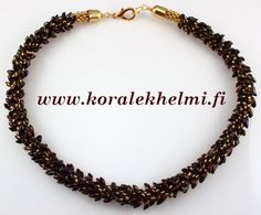 Necklace made of Miyuki Long Magatama beads and Toho seed beads. I used Kumihimo to make this necklace. It is ease to make.
