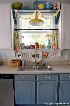 Boring to Blue Kitchen Makeover :: Hometalk