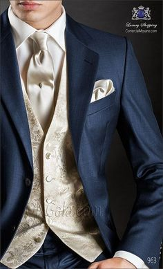 Traje de novio azul 963 ONGala Wedding suit - Men's Fashion - hochzeit Groom Outfit, Groom Attire, Groomsman Attire, Groomsmen Suits, Mens Suits, Wedding Tux, Wedding Dresses, Gothic Wedding, Wedding Makeup