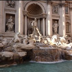 Fontana di trevi - Rome Wander, Places Ive Been, Rome, To Go, Around The Worlds, Spaces, Pictures, Painting, Photos