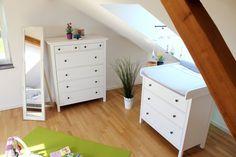 Mein wunderschönes Kinderzimmer: Babyzimmer in einer 1-Raumwohnung Babyroom in a One-Room-Appartement
