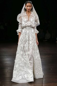 See more wedding dresses from Naeem Khan Bridal Fall 2017.