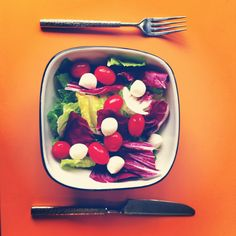 Romaine, radicchio, tomatoes, bocconcini #salad with olive oil and red wine vinegar vinaigrette. Simple and healthy.